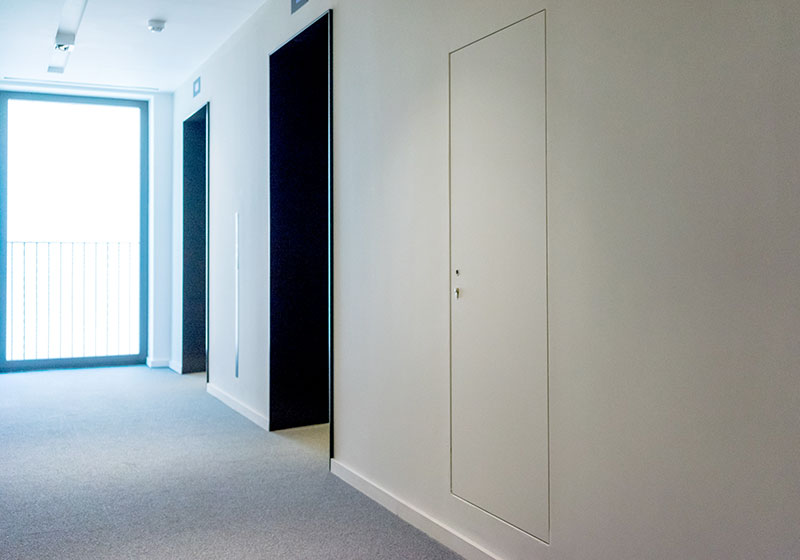 INTEGRA 4000 Series non fire rated riser door at Kings Cross